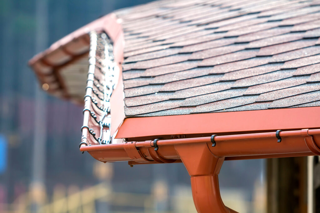 Repair or Replace Gutter Of Your Roof - Repair or Replace Your Roof