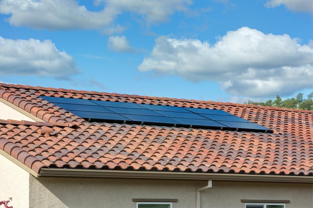 Solar Roof - Metal vs. Slate Roofing